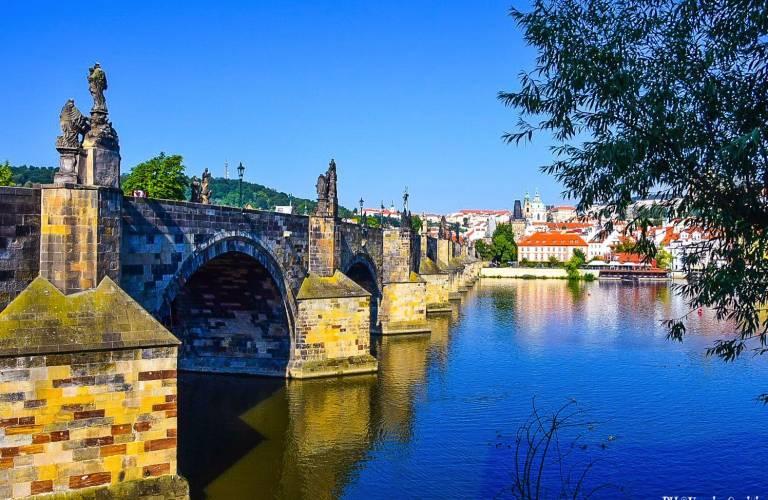 Budapest, Vienna, Praga e Bratislava | AriminumTravel